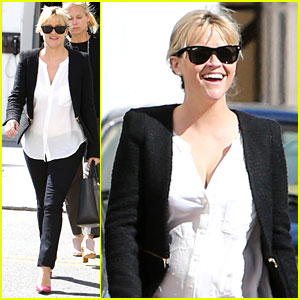 Reese Witherspoon: Neiman Marcus Mama!