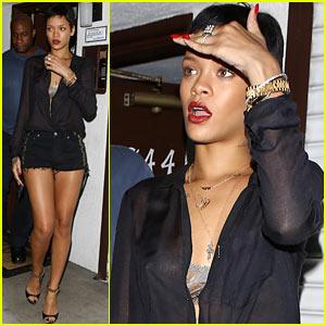 Rihanna: Las Palmas Short Shorts!