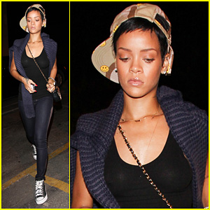 Rihanna: Submit Your Pictures For 'Unapolegetic' Fan Edition!
