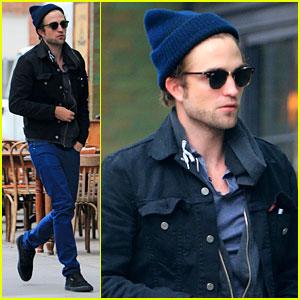 Robert Pattinson: New York City Solo Stroll!