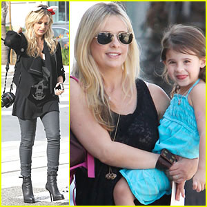 Sarah Michelle Gellar: Halloween Ears in Santa Monica!