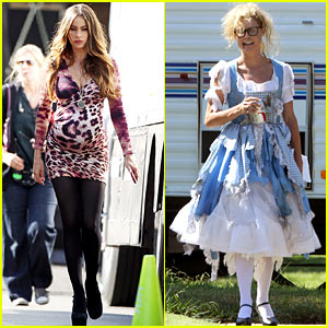 Sofia Vergara & Julie Bowen: 'Modern Family' Filming!
