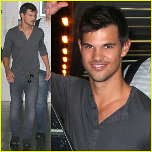 Taylor Lautner: Larry King Joins Team Jacob!