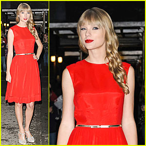 Taylor Swift: 'Letterman' Performance - Watch Now!