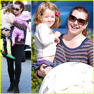 Alyson Hannigan: Girls Day Out with Satyana & Keeva!