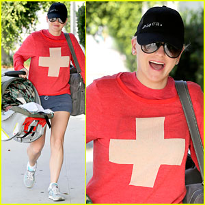 Anna Faris Takes Baby Jack For a Check Up!