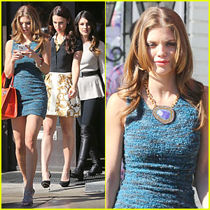 AnnaLynne McCord: '90210' Set with Shenae Grimes & Jessica Stroup!
