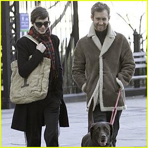 Anne Hathaway: Thanksgiving Stroll with Adam Shulman!