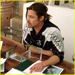 Brad Pitt: Furniture Designer for Pollaro!