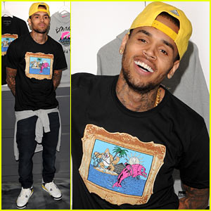 Chris Brown: Pink+Dolphin In Store Meet & Greet!