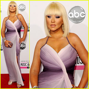 Christina Aguilera - AMAs 2012 Red Carpet