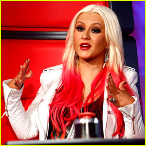 Christina Aguilera's New Song 'Blank Pag