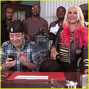 Christina Aguilera: 'Your Body' Performance with Jimmy Fallon!