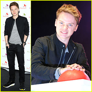Conor Maynard: Bluewater Christmas Lights Performer!