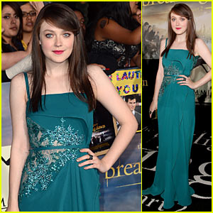 dakota-fanning-brunette-twilight-breakin