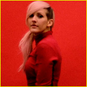 Ellie Goulding's 'Figure 8' Video - Watch Now!