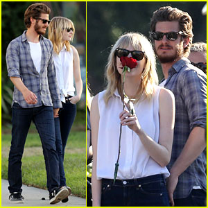 Emma Stone & Andrew Garfield: Cemetery of the Stars Tour!