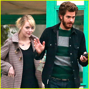 Emma Stone & Andrew Garfield: Funny Faces at Photogs!