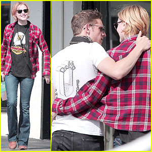 Evan Rachel Wood & Jamie Bell: Post-Wedding Stop in S