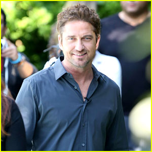 Gerard Butler: 'I Am Waiting for Priyanka Chopra'