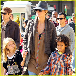 Heidi Klum: Holiday Shopping with the Family!