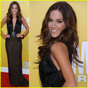 Jana Kramer & Shawn Johnson - CMA Awards 2012 Red Carpet