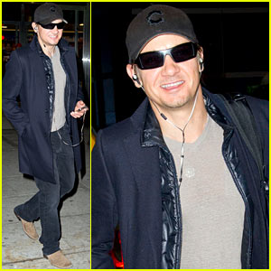 Jeremy Renner: 'SNL' Host This Week!