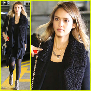 Jessica Alba: Solo Doctor's Check Up!