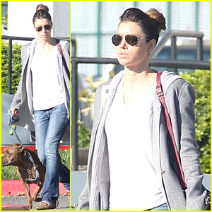 Jessica Biel Walks Dogs Before Private Plane Departure