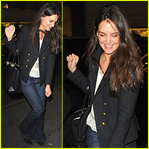 Katie Holmes: Turkey Eating Before Thanksgiving!