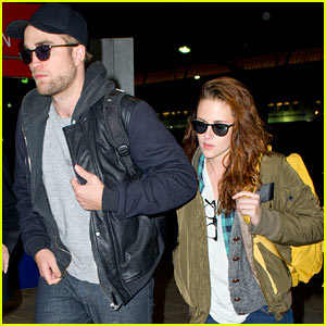 Kristen Stewart & Robert Pattinson Jet Out of JFK!