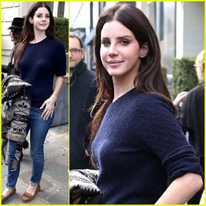 Lana Del Rey: Pretty in Paris!