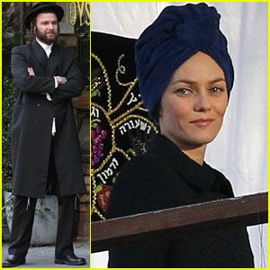 Liev Schreiber & Vanessa Paradis: 'Fading Gigolo' Set Prep!