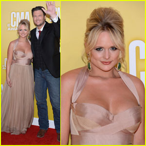 Miranda Lambert & Blake Shelton - CMA Awards 2012 Red Carpet