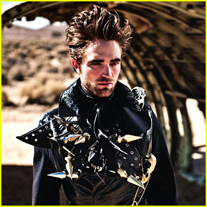 Robert Pattinson: Leather Studs for 'L'Uomo Vogue'!