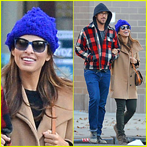 Ryan Gosling & Eva Mendes: Thanksgiving Stroll in New York City!