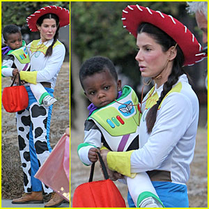 Sandra Bullock & Louis: 'Toy Story' Halloween Duo!