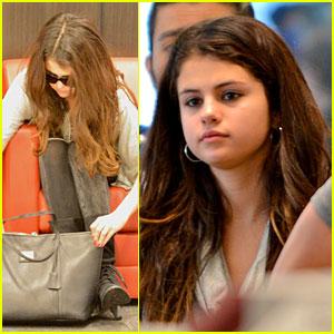 Selena Gomez Catches Flight Post-Justin Bieber Split