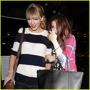 Selena Gomez & Taylor Swift: Saturday Night Dinner Duo!