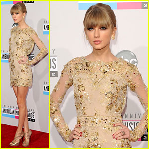 Taylor Swift - AMAs 2012 Red Carpet