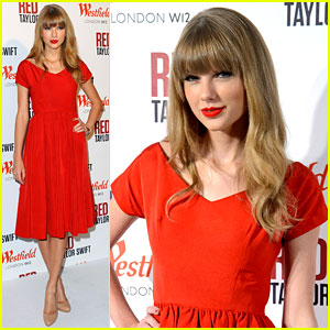 Taylor Swift: Westfield London Christmas Lights Ceremony!