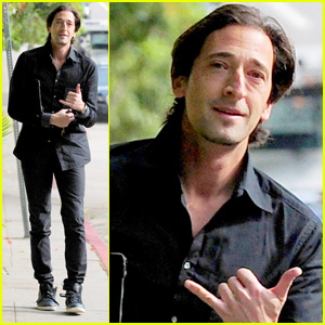 Adrien Brody: 'Chelsea Lately' Appearance - Watch Now!