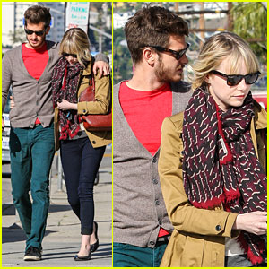 Emma Stone & Andrew Garfield: Puppy Browsing!