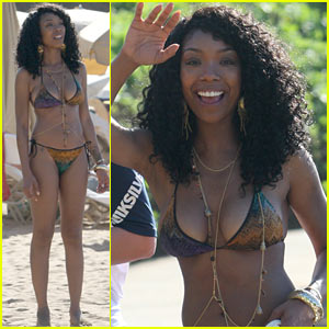 Brandy Steps Out in a Bikini After Engagement Announcement!