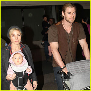 Chris Hemsworth & Elsa Pataky: Los Angeles Landing with India!