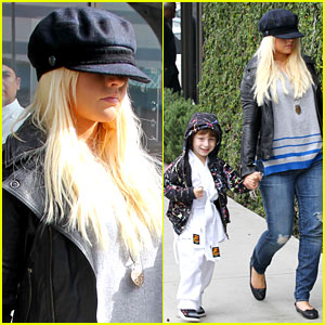 Christina Aguilera: Houston's Lunch with Karate Boy Max!