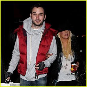 Christina Aguilera & Matthew Rutler: Boogie's Stop in Aspen!