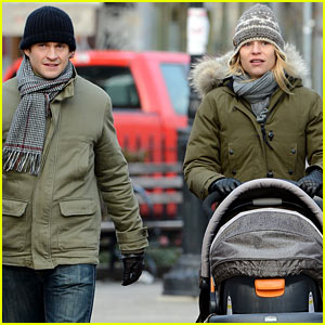 Claire Danes & Hugh Dancy Step Out With Cyrus One Week After Birth!