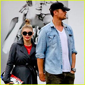 Fergie & Josh Duhamel: Last Minute Holiday Shopping!
