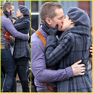 Ginnifer Goodwin & Josh Dallas: 'Once Upon A Time' Kiss!